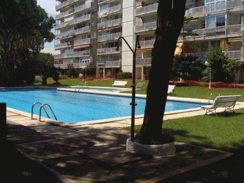 Hist ria de gav mar apartaments bermar park for Piscina gava